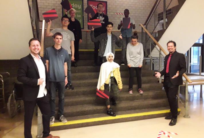 Zeven studenten halen diploma op in Gouda na succesvolle samenwerking School@Work