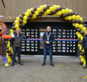 Stroopwafelautomaat geopend in Waddinxveen